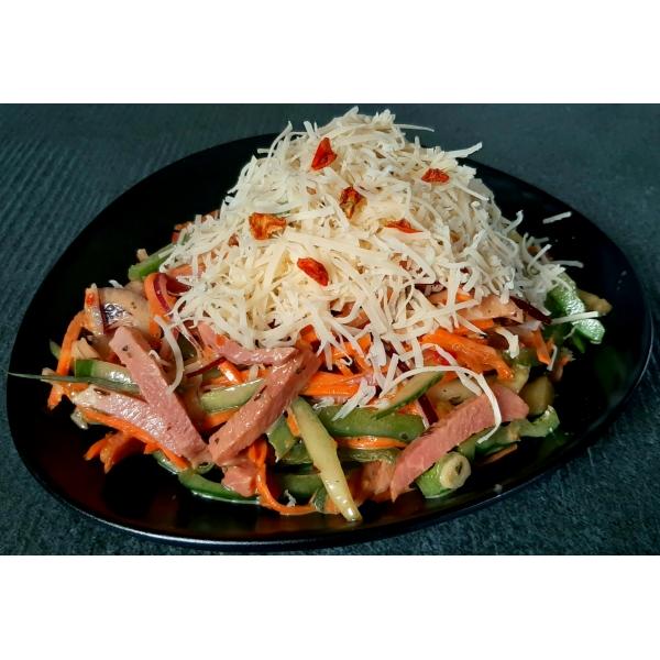салат. корейка свиная с овощами